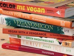 Auswahl an veganen Kochbüchern