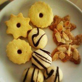 Weihnachtsplätzchen - sicherlich mit Gluten.