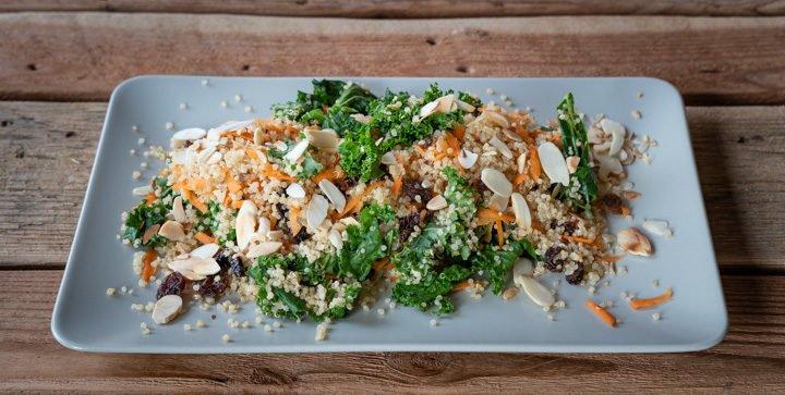 Quinoa-Grünkohl-Salat: der Läufersalat mit der Extra-Portion Eisen