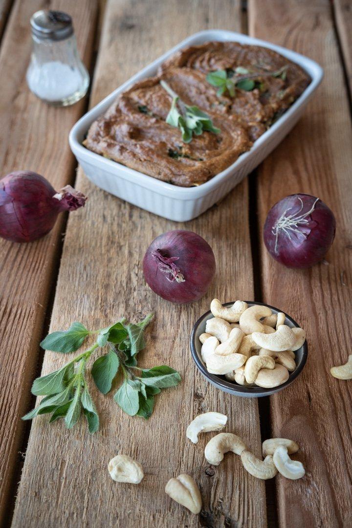Cashews, Kräuter und Zwiebeln