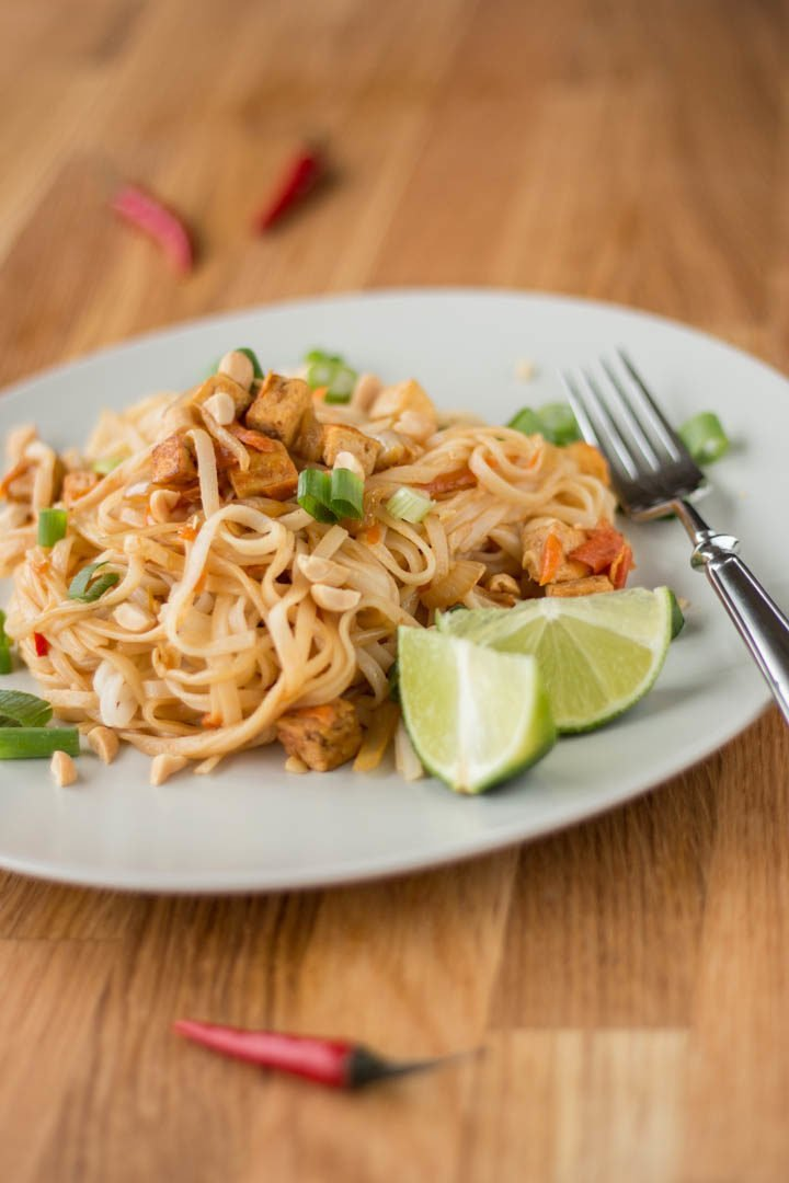 Eine Portion veganes Pad Thai