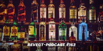 Titelbild: Verschiedene Spirituosen in einer Bar