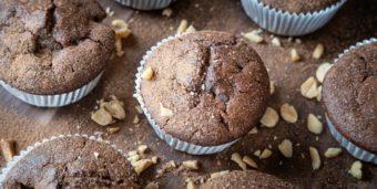 Vegane Schoko-Bananen-Erdnuss-Muffins