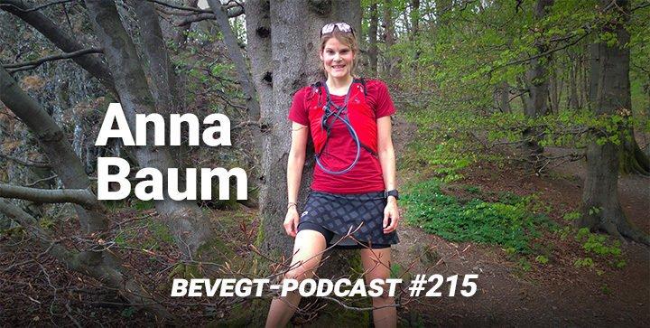 Die vegane Marathonläuferin Anna Baum beim Training im Wald